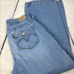 Levi's 529 Curvy Jeans